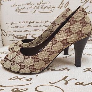 Gucci Vintage Canvas gg Peep Toe Heel Sz 7 Euro